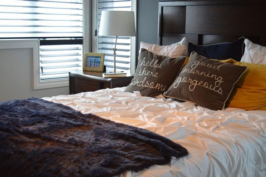 Gli accessori per la camera da letto: scaldaletto e ...